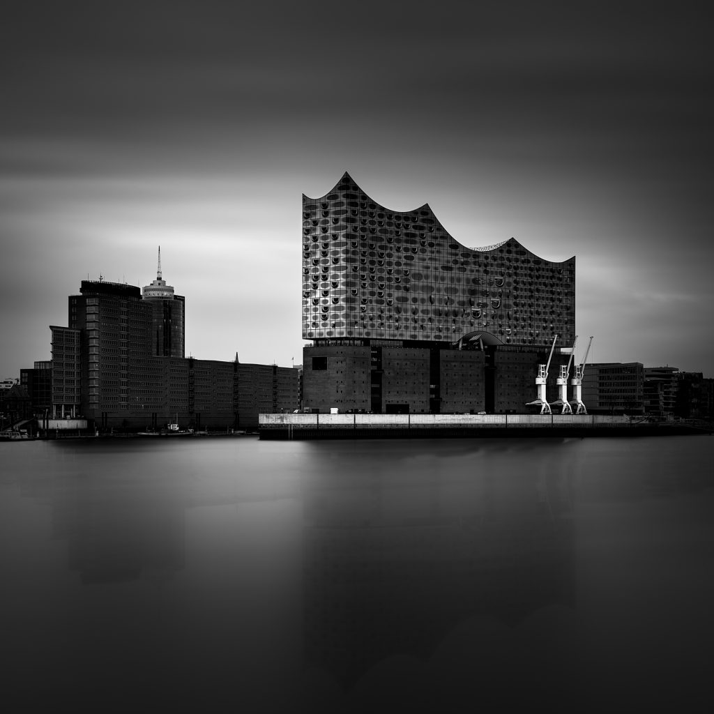 Nikon, Long Exposure, Photography, Black and white, Fine Art, Hamburg, Print, Edition, Limited, Photographer, Workshop, Monochrome, Water, Architecture,