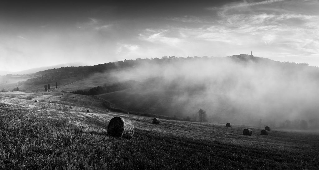 Tuscany, Pienza, Photography, Print, Mist, Fog, Fine Art, Landscape, Travel, Italy, Siena, Farm, Wine, Photo, Image, Photographer, Black and white, Street, Street Photography,